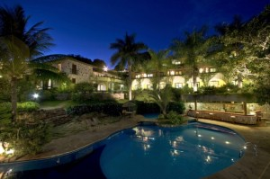 piscina-fachada-apartamentos-hotel-pousada-canto-das-aguas-lencois-chapada-diamantina-bahia-brasil-5_34_1 1